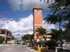 Orange_Walk_Belize_town_square